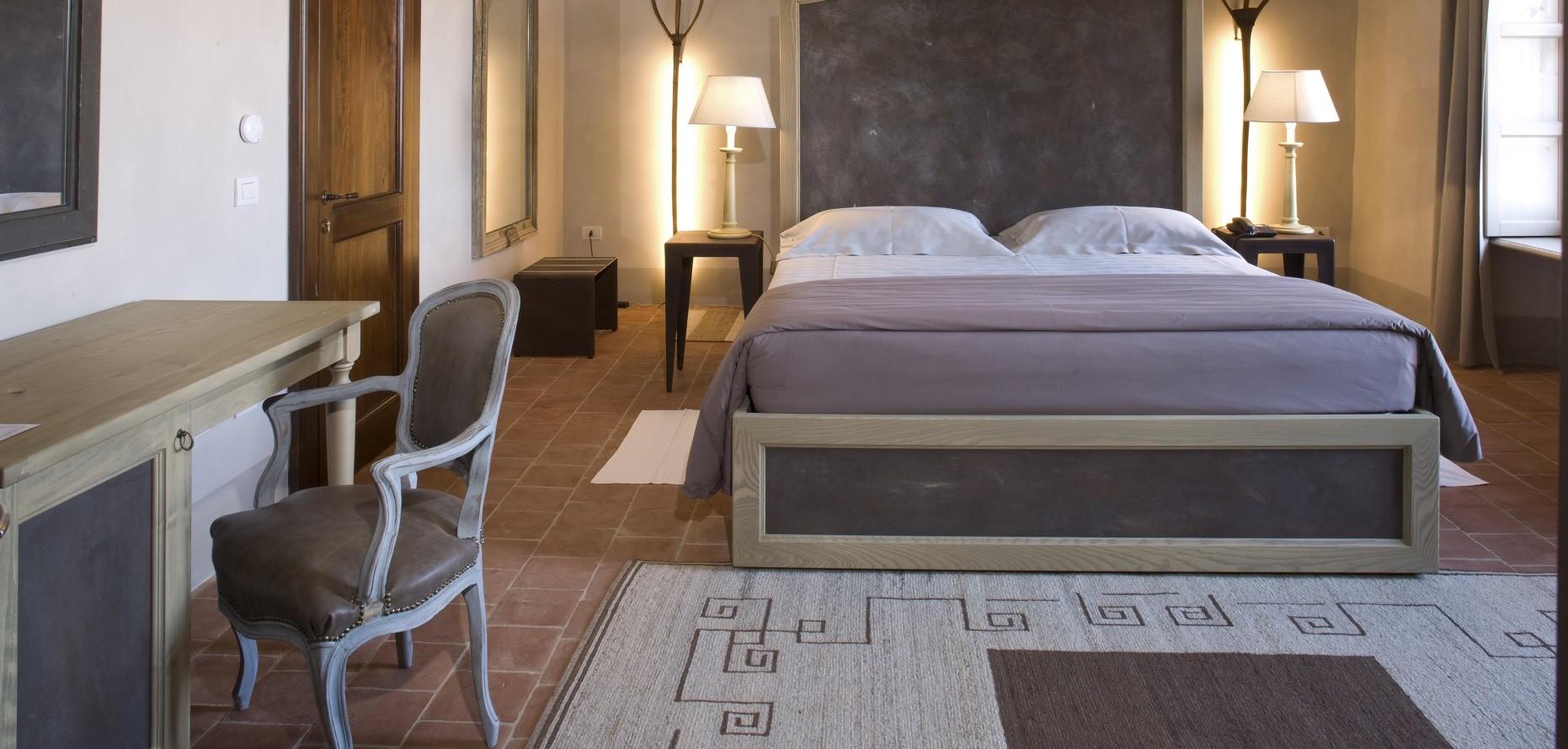 Formaligno interior design wooden legno wood working for Wooden hotel design